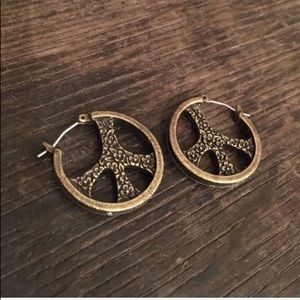 Jewelry - ✌🏽☮️ Peace Sign Floral Earrings